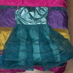 PROM DRESS! Turquoise short prom dress teen